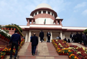 Supreme Court verdict on the entry of women in the Sabarimala temple, Sabarimala live updates
