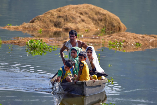 Assam floods PM Modi announced Rs 2 lakh to kin of flood victims from PMNRF assured help to CM Sarbananda Sonowal